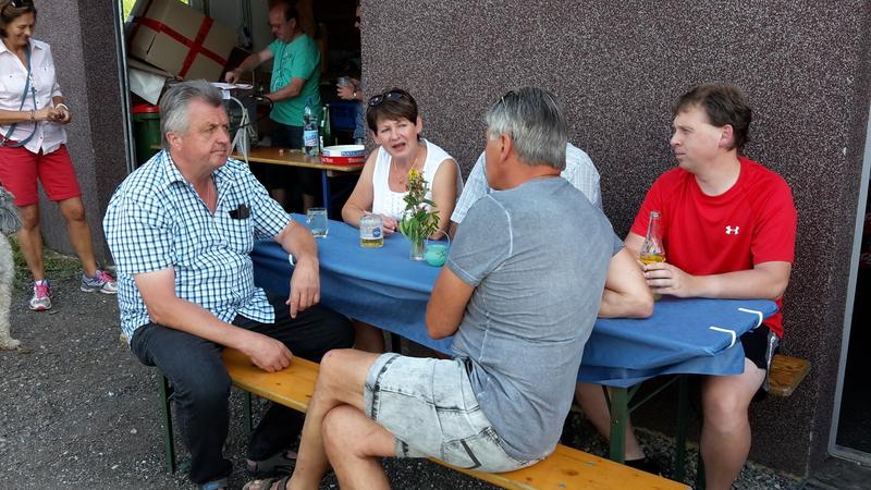 v.li.n.re.: Toni, Richard, Liesi, (Bertl) und Balazs